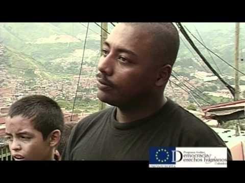 """Reportaje de Contravía sobre la intervención del Ejército a la Comuna 13 de Medellín en la """"Operación Orión"""", donde los propios protagonistas reconstruyen la operación con sus testimonios."""