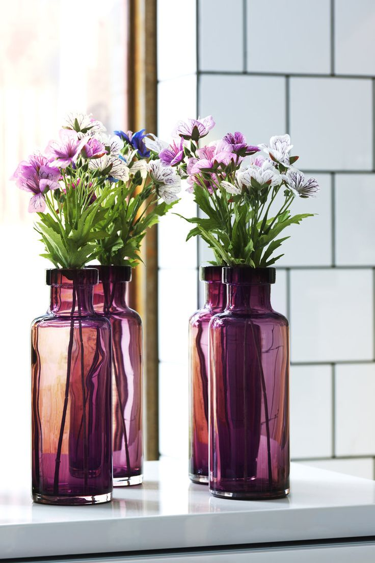 le vase en verre color l 39 objet d co du moment vase et. Black Bedroom Furniture Sets. Home Design Ideas