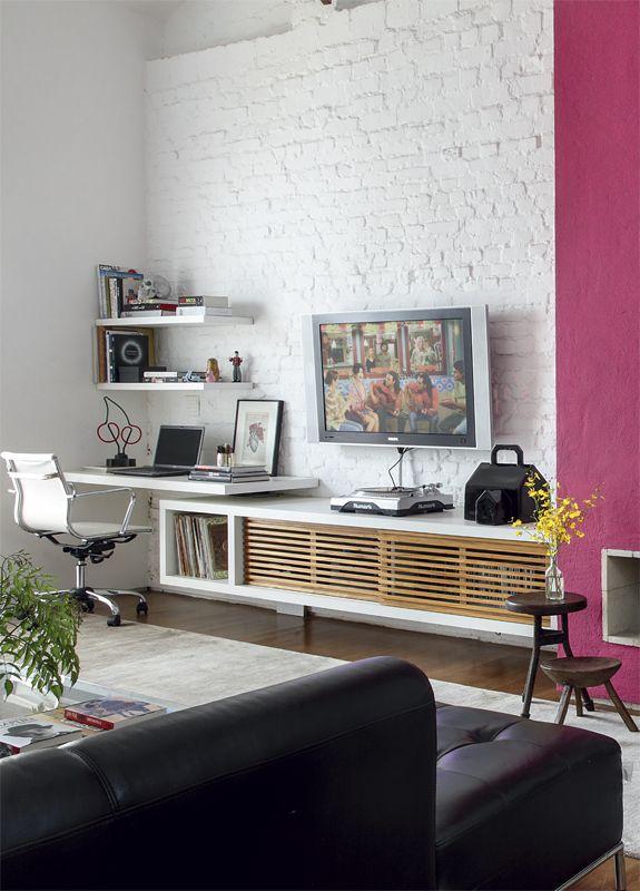 parede de tijolo maciço branco + rosa