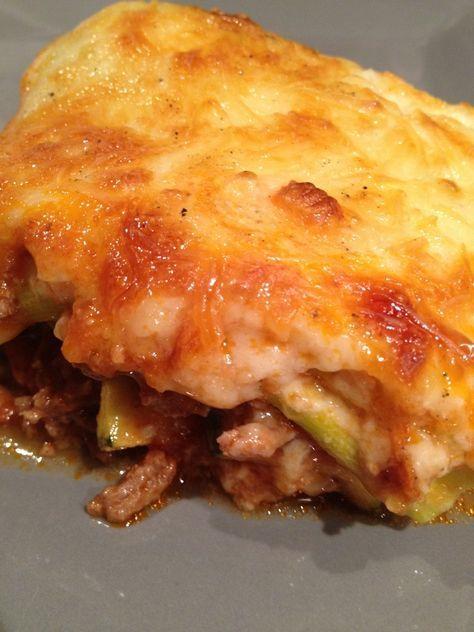 Gratin de courgettes viande hachée comme des lasagnes. Une recette originale de lasagnes sans pâte légère et super bonne .