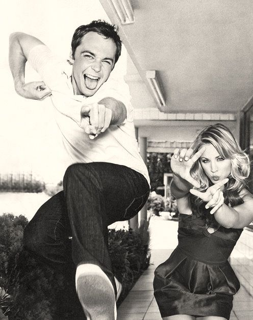Jim Parsons & Kaley Cuoco. This is quite possibly the greatest photo in history.
