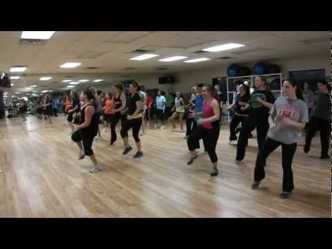 ▶ Zumba to: Country Girl Shake it For Me by Luke Bryan  ... we do this one at MZL and I really enjoy it. (sarahpierce1000) - YouTube