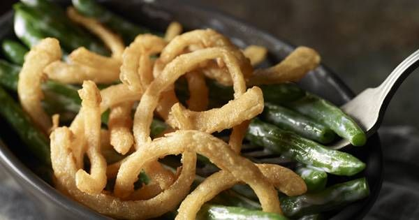 Smoked Gouda Green Beans. Making these for Thanksgiving! #thanksgiving