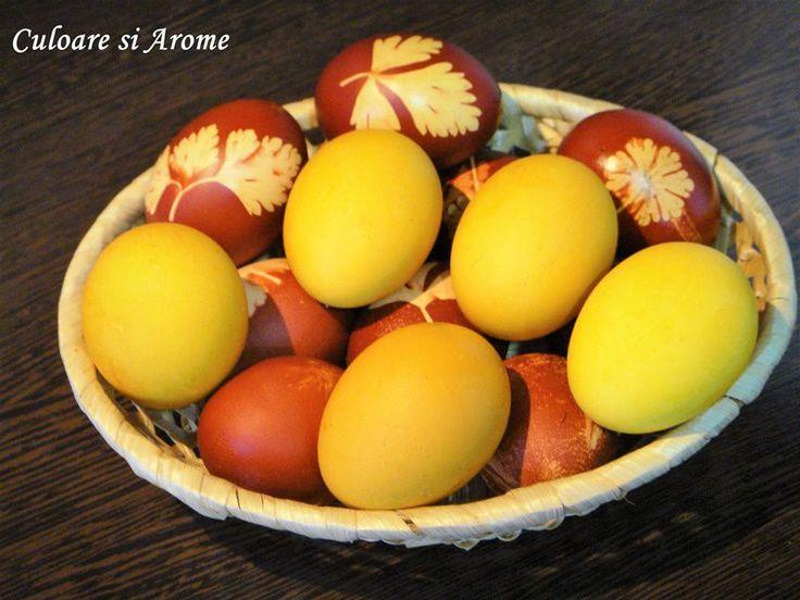 Turmericul (curcuma) este o planta cu originea in sudul Asiei. Rizomii recoltati sunt fierti, uscati in cuptoare si apoi macinati intr-o pudra galben portocalie. Praful de curcuma se utilizeaza ca si condiment sau colorant alimentar. Ingrediente: – 2 linguri turmeric –  1 l apa – 2 linguri otet – 1 …