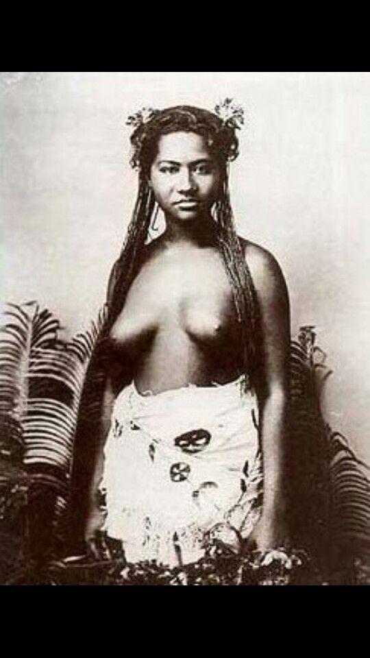 Black Dreadlocks Nude Woman 54
