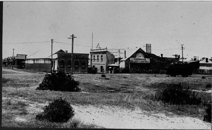 066479PD: Koombana Flour Mill, ca 1890 http://encore.slwa.wa.gov.au/iii/encore/record/C__Rb2083442?lang=eng