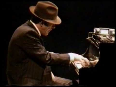 piano jazz improvisation - YouTube