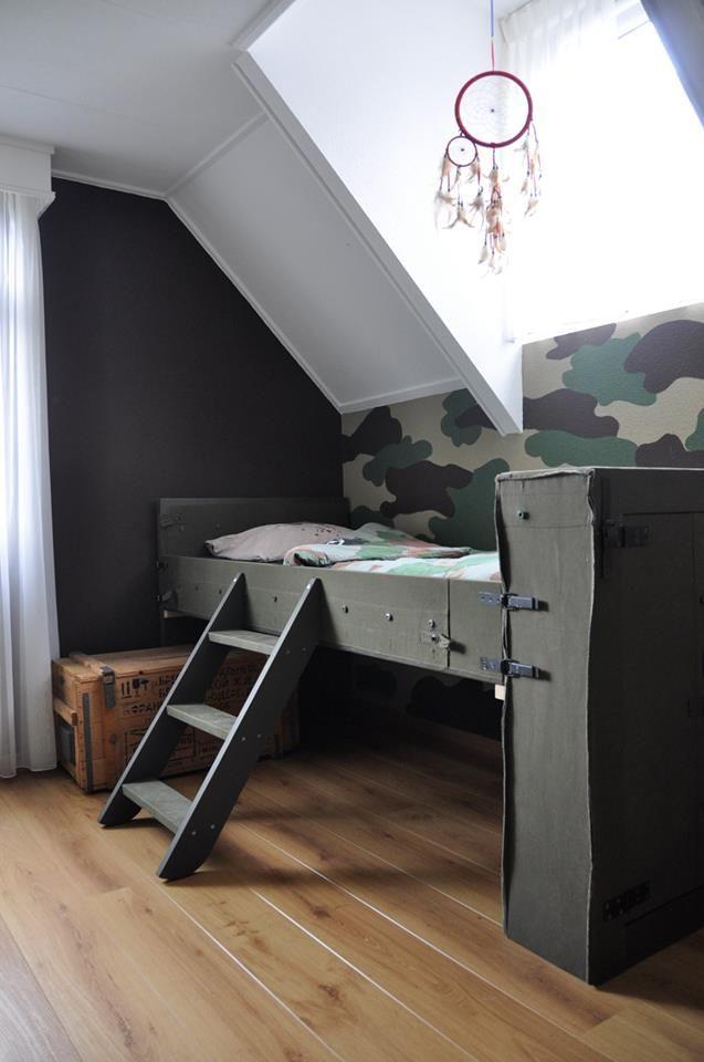 25 beste idee n over jongens leger kamer op pinterest leger kamer leger slaapkamer en leger - Blauwe en grijze jongens kamer ...