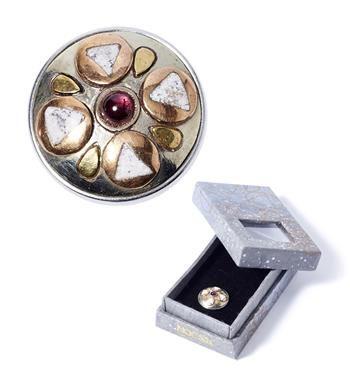 Noosa Amsterdam chunk in giftbox - limited edition DIVALI. Chunk in cadeaudoosje. Cadeautip - Zilver/goud/rood - NummerZestien.eu