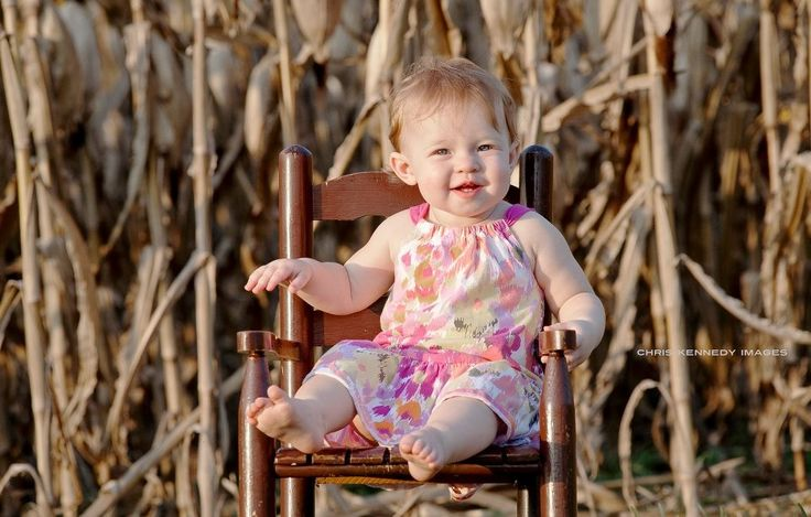 Children's Portrait Photography by Chris Kennedy Washington, DC Chris Kennedy Images  #baby #babies #happytoddler #cornfield #peaceful #fall #autumn  #floral #portrait #chriskennedy #chriskennedyimages #DC