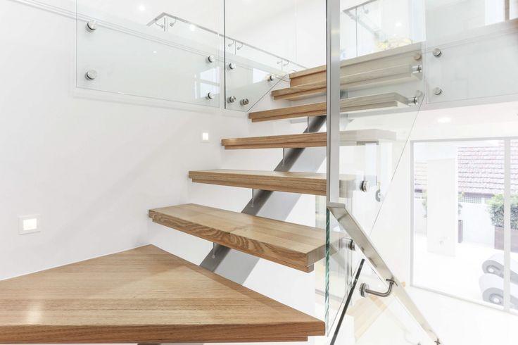 http://www.galahomes.com.au/project-gallery/custom-homes/taringa-brisbane-qld