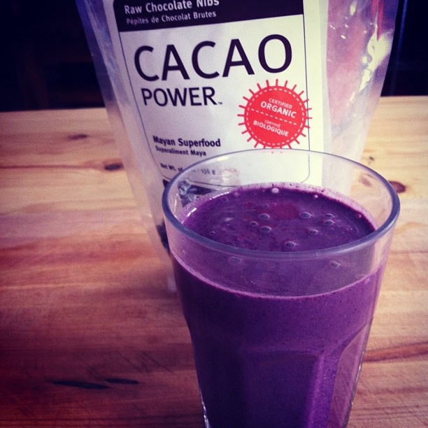 Post workout smoothie: banana, blueberries, hemp milk, hemp protein, maca, raw cacao nibs