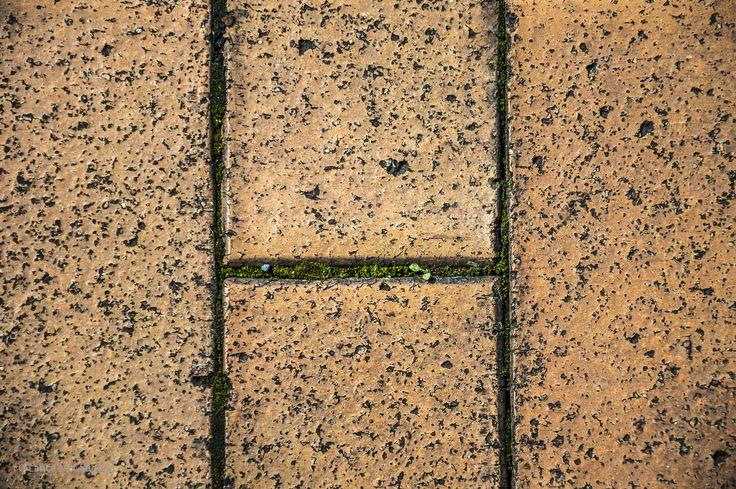 https://flic.kr/p/LsGHSF | Cobble Stones