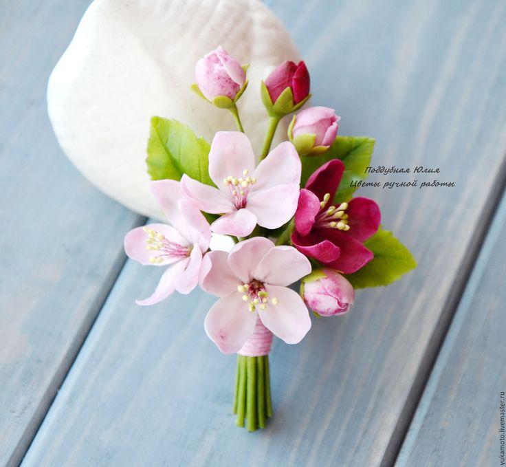 """Купить Брошь-бутоньерка """"Весенние первоцветы"""" - розовый, подарок, яблоневый цвет, венок с первоцветами, сиреневый"""
