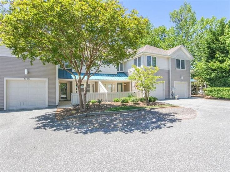 5351h updated 3br sea colony west th private beach