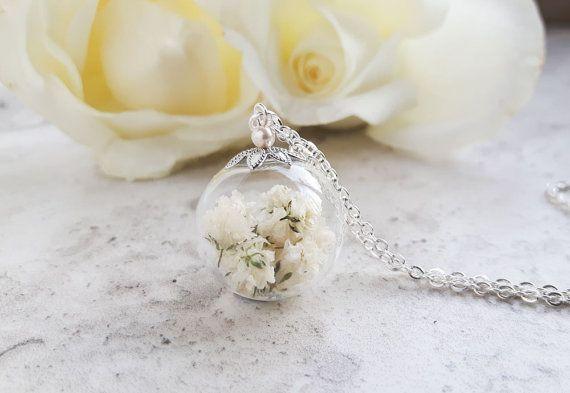 Babys respiro collana gioielli fiore reale di SeaMeadowDesigns