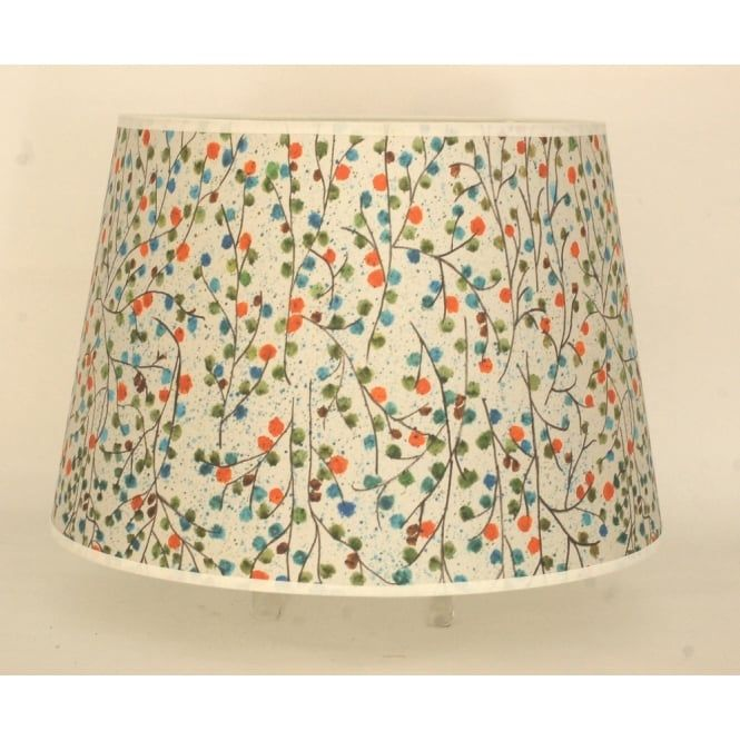 An extra large lamp shade measuring 56cm diameter that's great used on large table and floor lamps. Finished in a neutral colour with a ditzy flower print, this is great to add a sense of fun into a room.