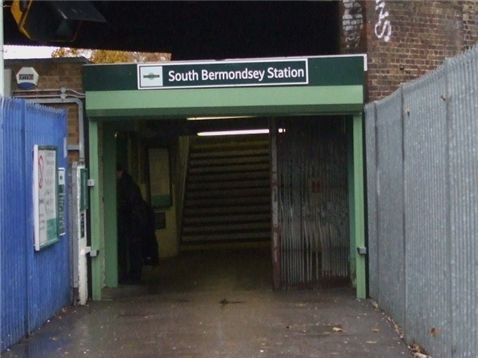 South Bermondsey Railway Station (SBM) in Bermondsey, Greater London