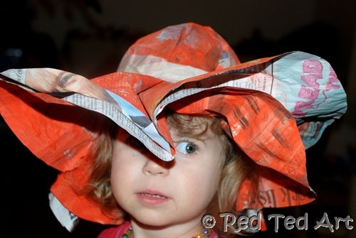 Easy Newspaper Hat, upcycling fashion show in School this friday, argh!! I'm onto a winner here :)