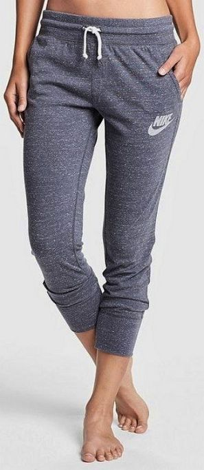 Not the biggest Nike fan but like jogging capris with pockets