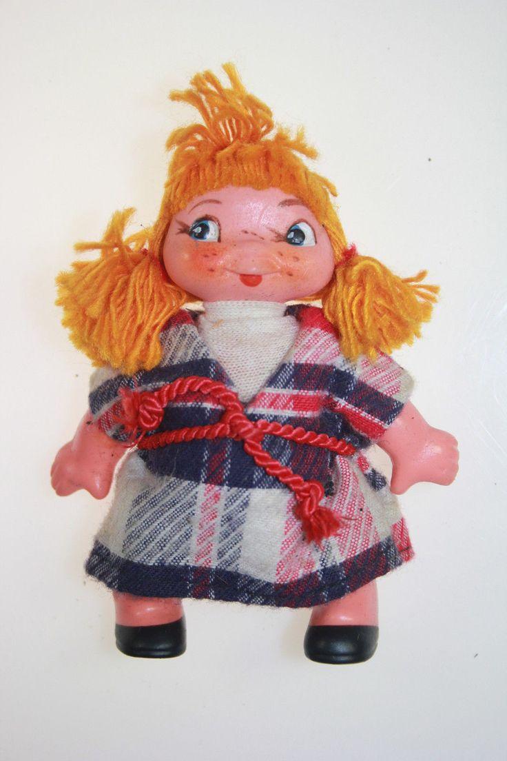 Кукла ГДР (ноги колесом, рыжие волосы из ниток, веснушки). Поиск игрушек, детских книг и настольных игр СССР -  http://doska-obyavleniy-detstva.blogspot.ru/