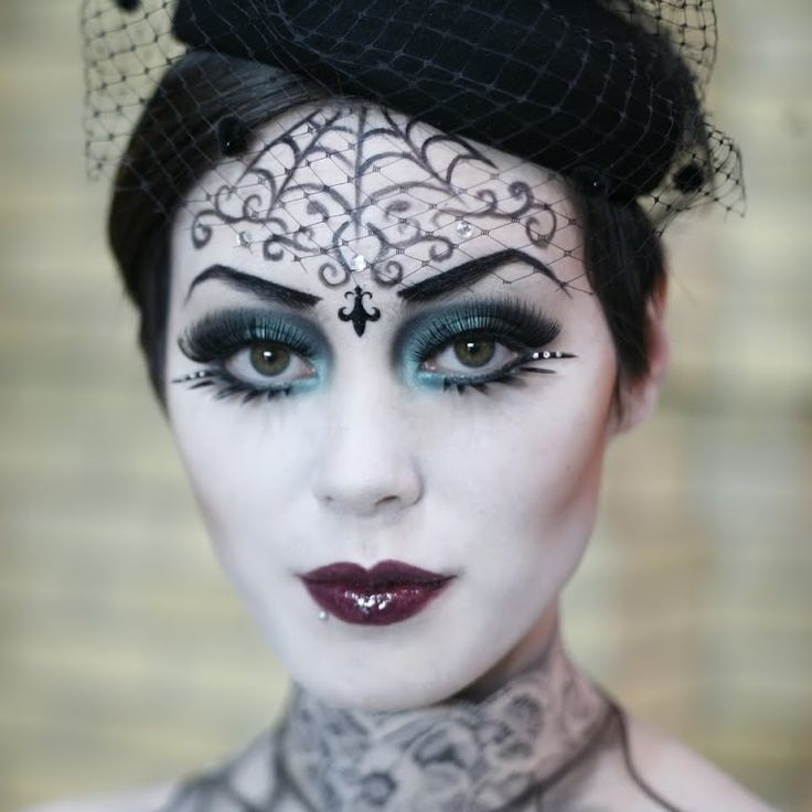 333 best Artistic Make Up images on Pinterest | Halloween makeup ...