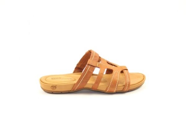 Timberland  € 89,95  Timberland slipper. met een comfortabel voetbed in een mooie cognackleur  Model: 28633-Rust