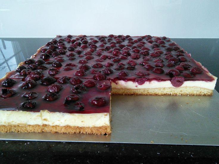 Kirsch - Schmand - Blechkuchen, ein schmackhaftes Rezept aus der Kategorie Frucht. Bewertungen: 986. Durchschnitt: Ø 4,6.