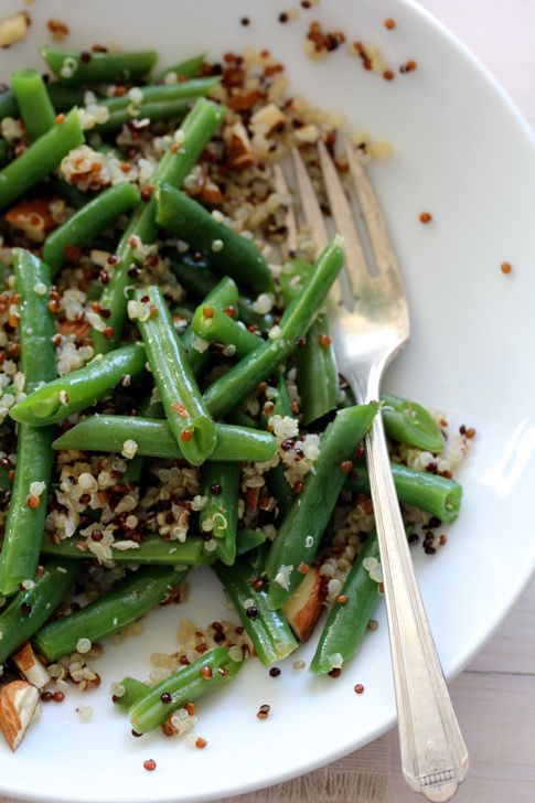Greens Beans & Tricolor Quinoa: Eating Ithealthi, Green Beans Quinoa Salad, Eating It Healthy, Colors Quinoa, Healthy Food, Easy Quinoa Salad, Mr. Beans, Greens Beans, Tricolor Quinoa