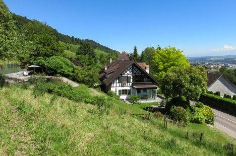 Riegelhaus mit Schwimmteich und Weitblick über das Thurtal