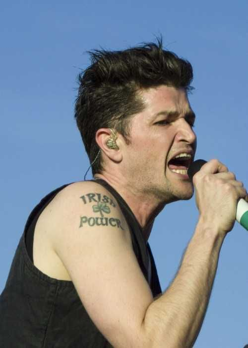 Danny O'Donoghue at the Pinkpop Festival with The Script in 2015...