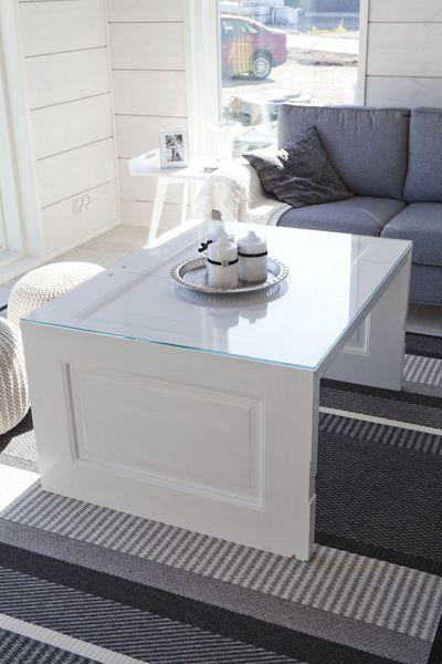 sohvapöytä,vanha ovi,kierrätys,tee itse idea,romanttinen sisustus,olohuone,Tee itse - DIY