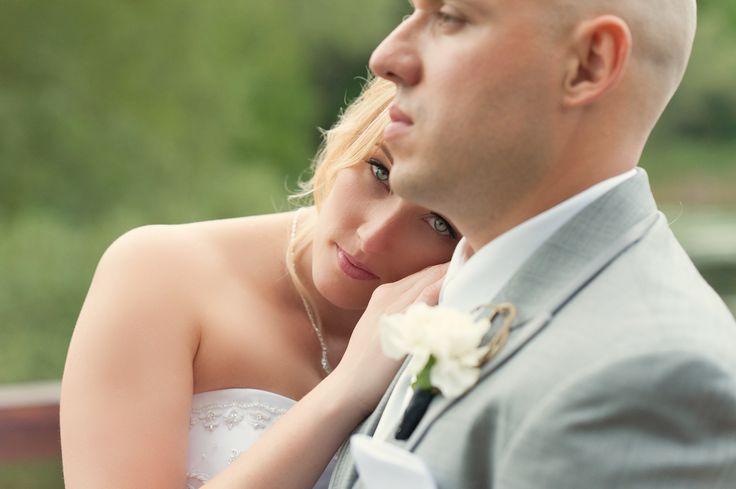 Sawyer Photography.  Toronto Wedding Photographer.  Bride and groom on wedding day.