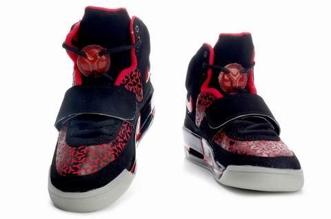 http://www.airgriffeymax.com/nike-air-yeezy-noctilucence-red-black-p-785.html NIKE AIR YEEZY NOCTILUCENCE RED BLACK Only $79.90 , Free Shipping!