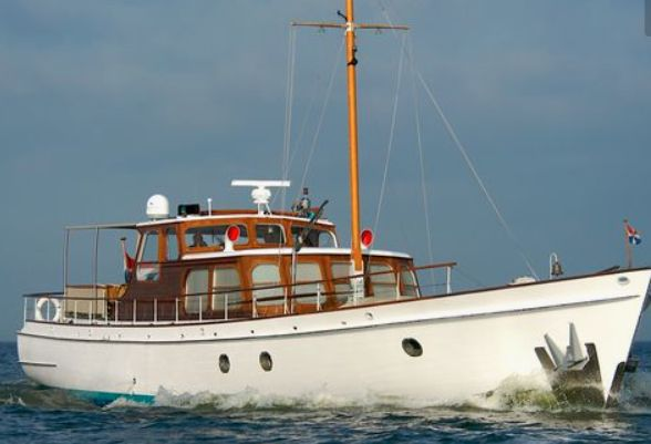 227 best images about Classic Wooden Boats on Pinterest