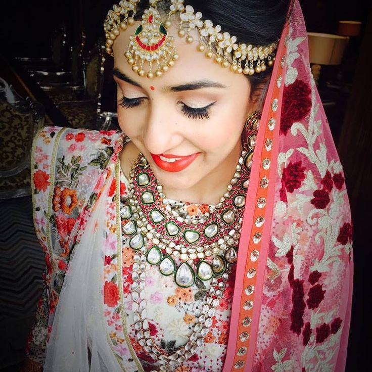 MU by Amrita Sanghavi, Mumbai #weddingnet #wedding #india #indian #indianwedding #weddingdresses #mehendi #ceremony #realwedding #lehenga #lehengacholi #choli #lehengawedding #lehengasaree #saree #bridalsaree #weddingsaree #photoshoot #photoset #photographer #photography #inspiration #planner #organisation #details #sweet #cute #gorgeous #fabulous