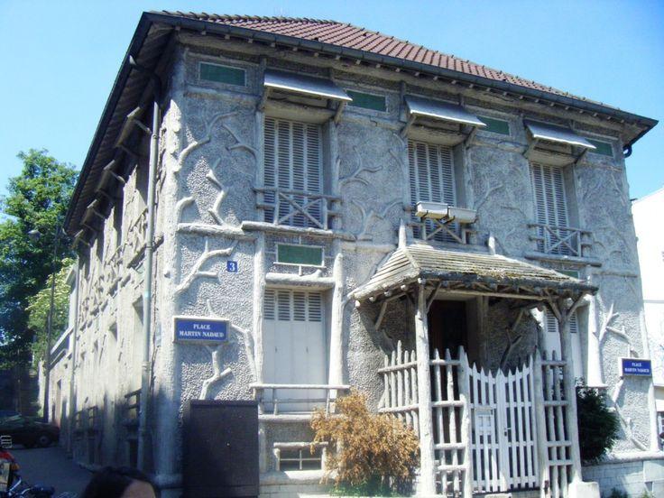 Maison (1899)  3 Place Martin Nadaud Paris 75020 Architecte : Jean-Charles…