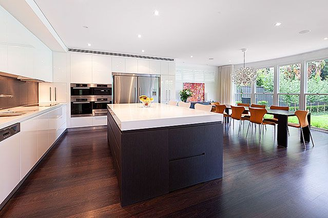 Modern #kitchen by Chateau Architects+Builders
