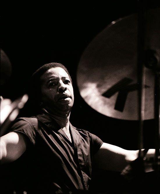 Drummerworld: Tony Williams