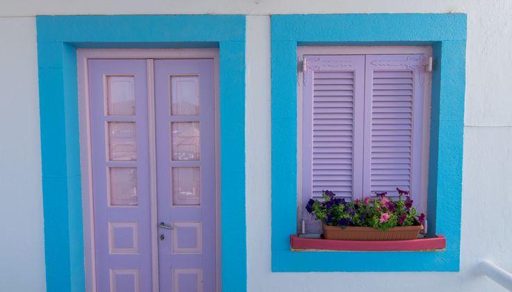 Το παραδοσιακό μεζεδοπωλείο Πλεύσις θυμίζει κάτι από Ελλάδα.. #plefsis #grikos #patmos Μore: http://goo.gl/APLrzC