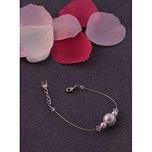 http://www.lepetitmondedelvira.com/article-coeur-sucre-une-parure-pour-toutes-les-occasions-concours-118607410.html