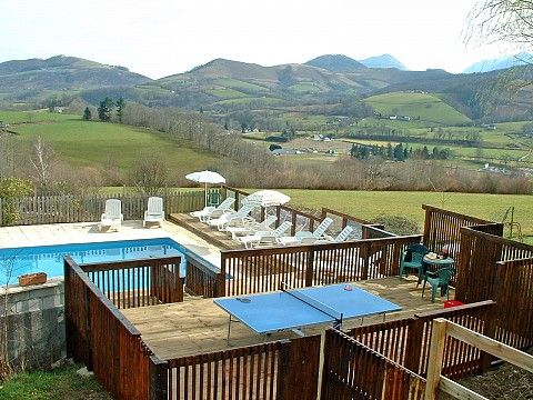 Appartement vacances Béarn, Pyrénées Atlantiques, 10 km Oloron Ste Marie