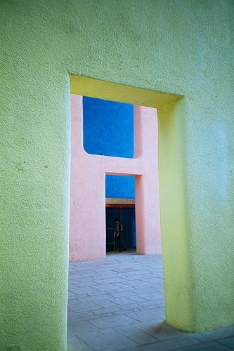 Haute Court    Le Corbusier / 1956 Haute Court / Chandigarh, India
