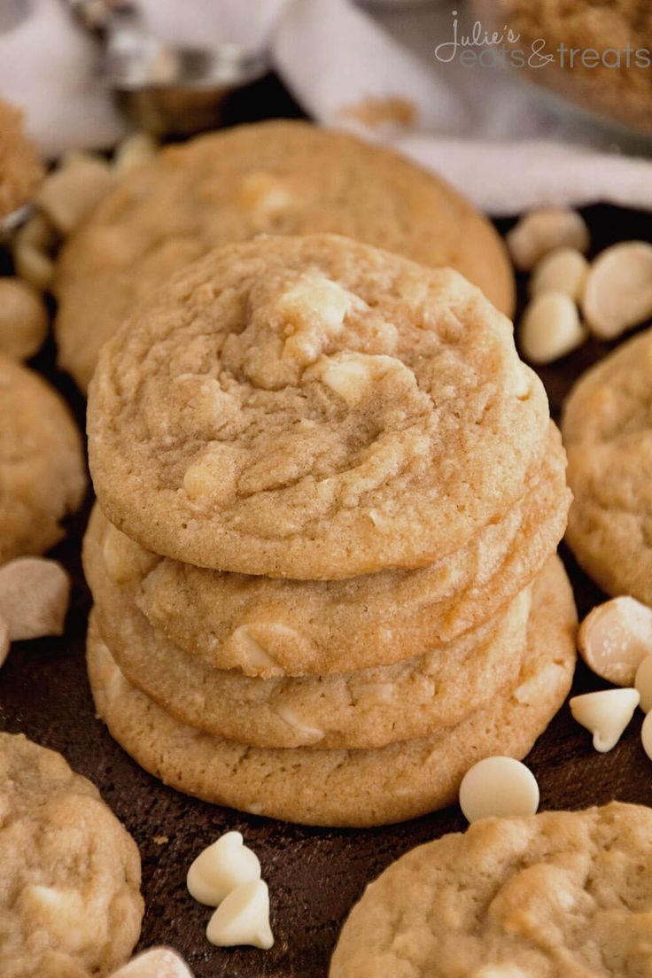 White Chocolate Macadamia Cookies ~ Soft, chewy cookies loaded with white chocolate chips and macadamia nuts! These the perfect ones! ~ http://www.julieseatsandtreats.com