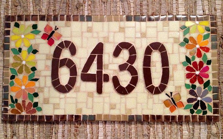 Numero em Mosaico Más
