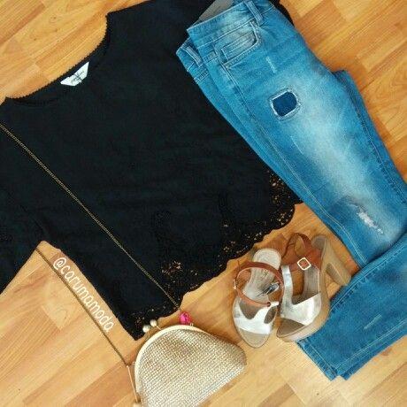Genial esta blusa de @pepaloves,  combínala con unos jeans por ejemplo...