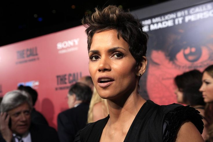 """Halle Berry Says Her Oscar Win """"Meant Nothing"""" For Diversity in Hollywood"""