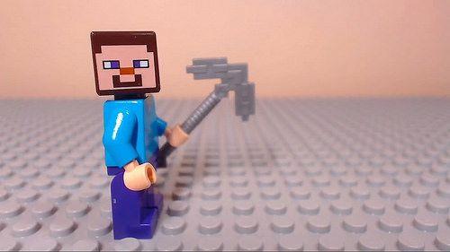 レゴ マインクラフト ムービー作品 Minecraft Lego Brick Building House Stop Motion : Gresh Films よりレゴマインクラフトのストップモーションアニメーションムービー作品が公開しています