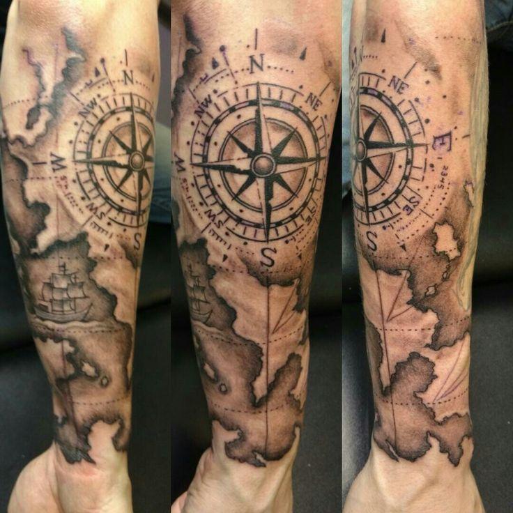 Resultado de imagen de tatuajes de mapas y brujulas