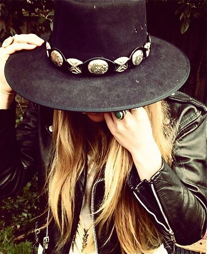 The hat and the jacket have a wonderful southwestern feel.